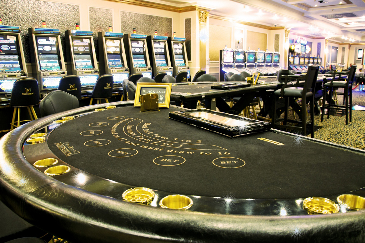 В покере наивысшая комбинация